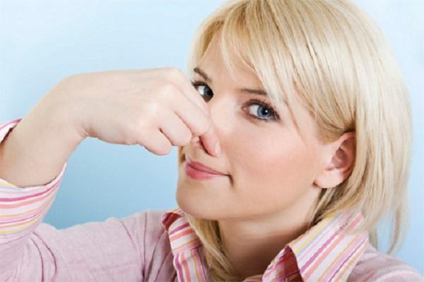 Vuốt mũi có làm mũi cao không